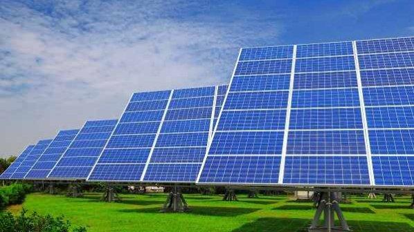 ماهنامه شبکه: ایران به زودی صاحب نیروگاه خورشیدی بزرگ میشود