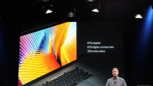 مکبوک پرو جدید اپل با نوار لمسی OLED معرفی شد + گالری عکس