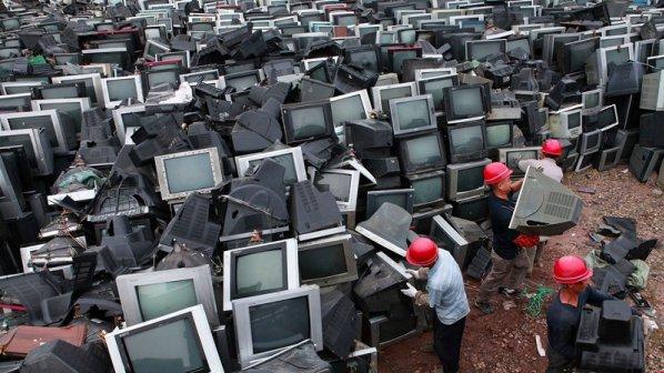 خودکشی خاموش با افزایش تولید زبالههای الکترونیکی