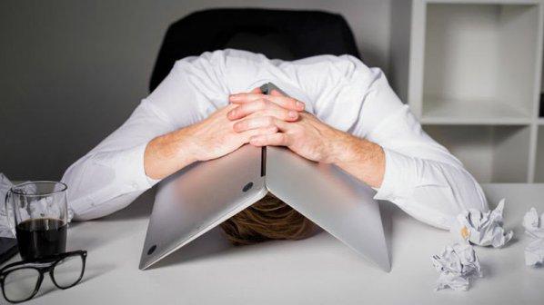 این ۵ اشتباه ایمیلی، شغل شما را نابود میکنند