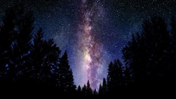 چند ستاره در آسمان میدرخشد؟