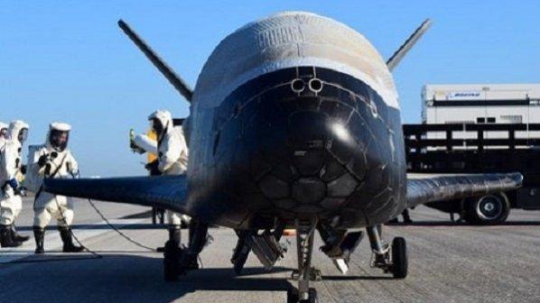 تماشا کنید: فرود فضاپیمای X-37B پس از 718 روز در مدار زمین
