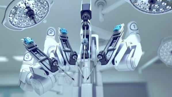 روباتی که یک عمل جراحی کامل را تنها در دو دقیقه و نیم انجام میدهد