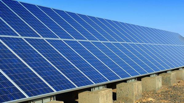 برای نخستین بار در ایران نیروگاه خورشیدی ۱۰ مگاواتی ساخته میشود