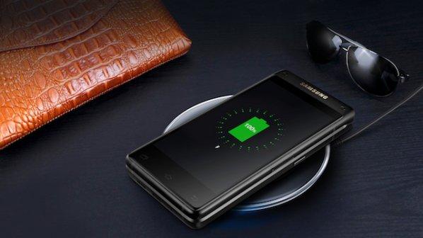 سامسونگ از جدیدترین گوشی تاشوی خود رونمایی کرد + عکس