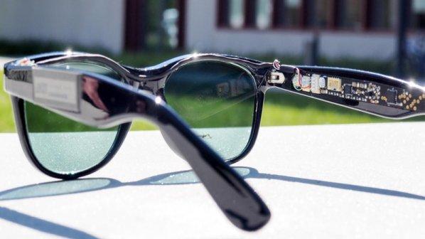 این عینک آفتابی برق تولید میکند