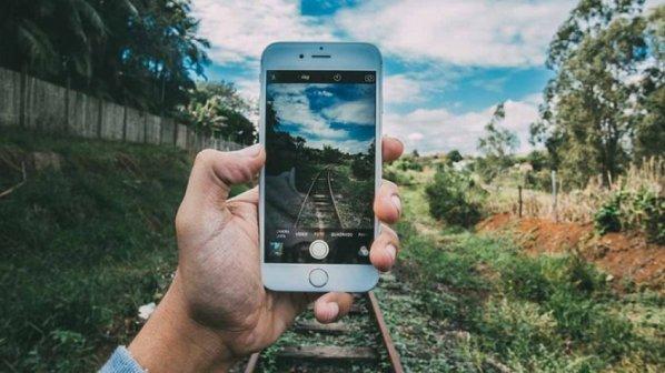 اگر عاشق عکاسی هستید، گوشی آندرویدی را فراموش کنید، فقط آیفون بخرید