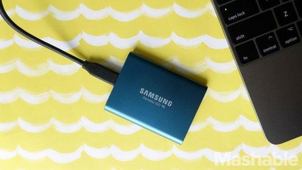 هارد SSD T5 سامسونگ با ظرفیت بالاتر و سرعت بیشتر معرفی شد