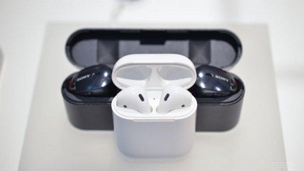 مقایسه مختصر ایرپاد جدید سونی با ایرپاد اپل + عکس