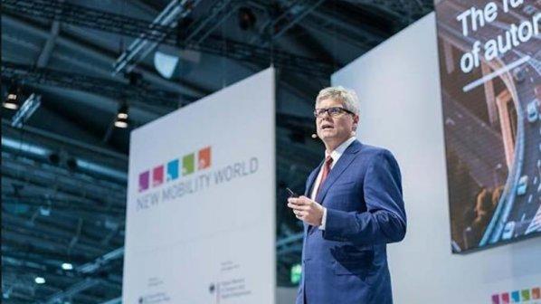 تلاشها برای ارایه اولین موبایلهای 5G به بازار