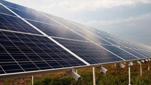 پنل های خورشیدی، پاشنه آشیل شبکه توزیع برق