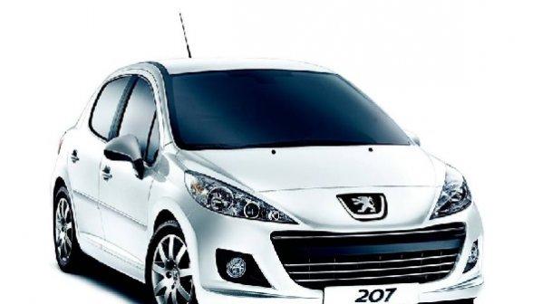 کدام خودروها در بازار بیشترین اختلاف قیمت را با نمایندگی دارند؟
