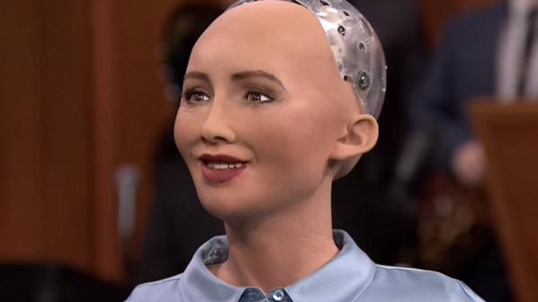 صوفیا، ربات شهروند تمایل به تشکیل خانواده دارد!
