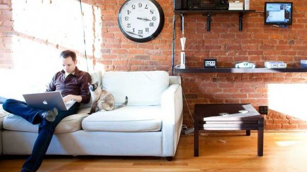 ۴ روش افزایش تمرکز برای زمانی که در خانه کار میکنید