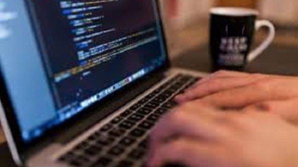 با DevDocs تمام کدهای مورد نظر خود را در یک مکان پیدا کنید