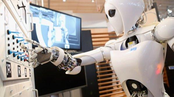 تا 20 سال آینده اغلب کدهای نرمافزاری را هوش مصنوعی خواهد نوشت