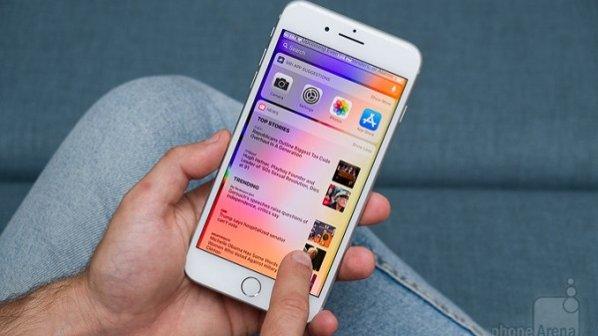 نقد و بررسی آیفون 8 پلاس اپل + عکس