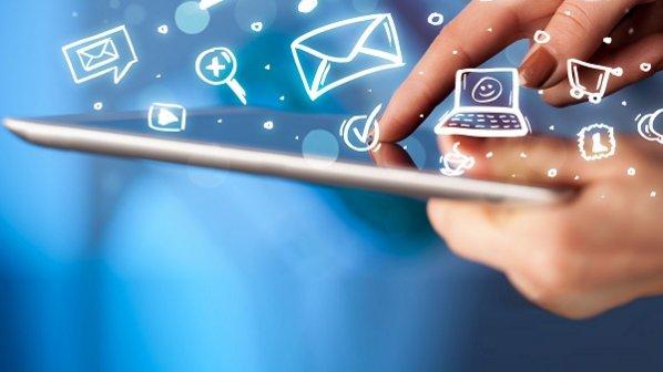 تا سال 99 هشتاد درصد خانوارهای ایرانی به اینترنت پرسرعت متصل می شوند