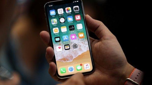 1000 دستگاه گوشی اپل غیرفعال شد / فروشندگان باید گوشیها را پس بگیرند