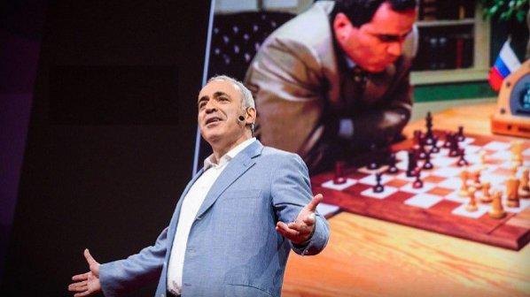 سخنرانی تد: گری کاسپارف از تقابل انسان در برابر ماشین میگوید + ویدیو
