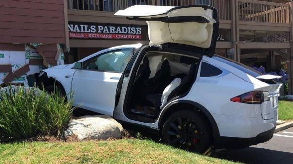 هنگام تصادفات رانندگی دروغ نگویید، ماشینهای هوشمند شما را لو میدهند