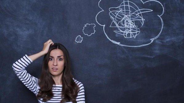 برای کنترل احساسات و افکار منفی بهصورت سوم شخص با خودتان حرف بزنید