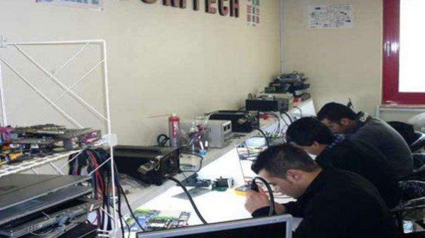 بهترین آموزشگاه تعمیر موبایل و لپ تاپ کدام است؟