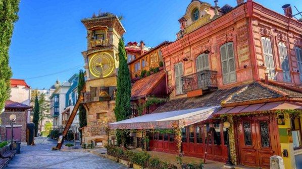 تفریح بهاری با تور گرجستان و تور استانبول
