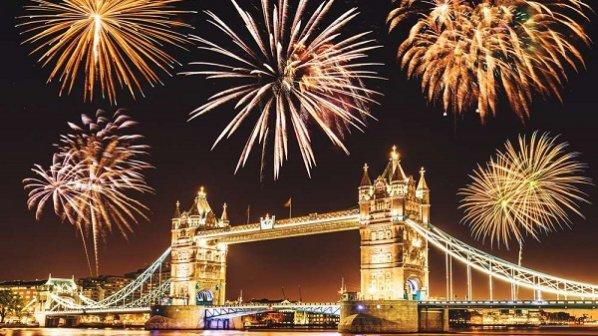 آغاز سال نو میلادی، جشنها و آتشبازیها در نقاط مختلف جهان