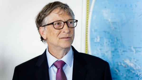 چرا بیل گیتس از هیئت مدیره مایکروسافت کناره گیری کرد؟