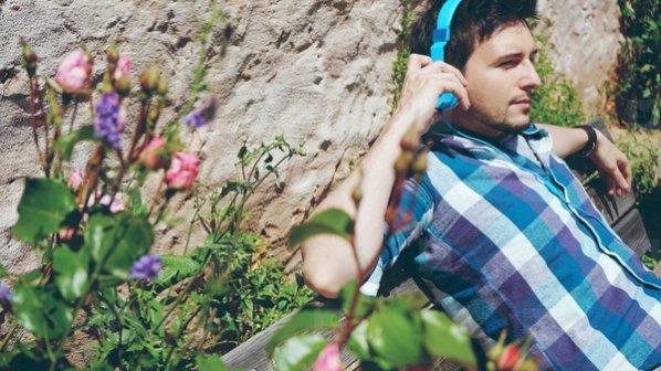 چگونه در زمان گوش دادن به موسیقی در اندروید پیغامهای مزاحم را غیرفعال کنیم