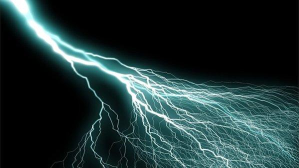 تضعیف سیگنال (Attenuation) و اعوجاج سیگنال (Distortion) چیست و چرا اتفاق میافتد؟