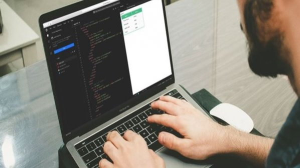 چرا توسعهدهندگان فرانتاند از Vue.Js  استفاده میکنند؟