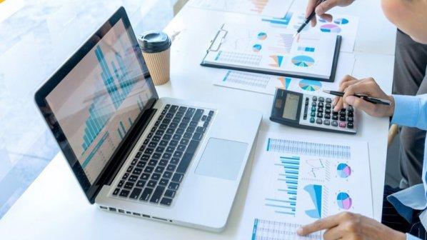 چگونه یک تحلیلگر بازاریابی متبحر شویم؟