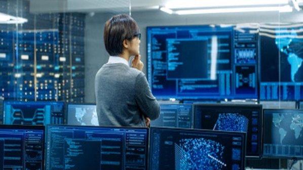 فرآیند نظارت بر شبکههای کامپیوتری چگونه انجام میشود؟