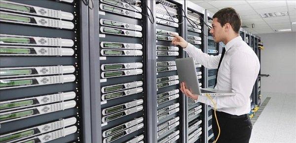 آیا استفاده از دیتاسنترهای خارجی امنیت اطلاعات را کاهش میدهد؟