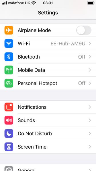 هات اسپات (hotspot) یا نقطه اتصال همراه را در آیفون