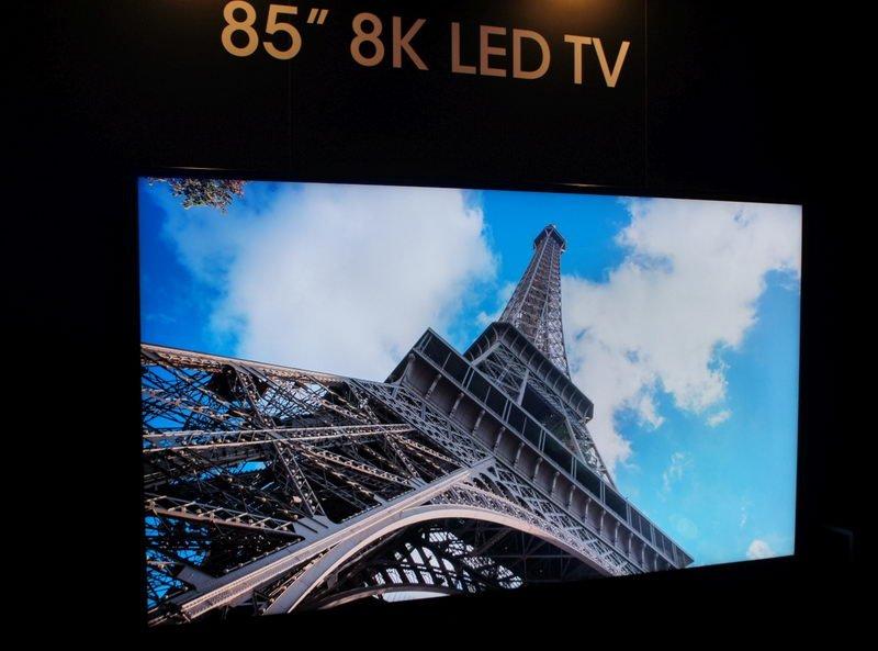 فکر میکنید اولین تلویزیون 8K دنیا چه قیمتی دارد و به چه کاری میآید؟