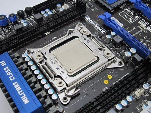 8 گام برای نصب پردازندههای اینتل روی مادربرد