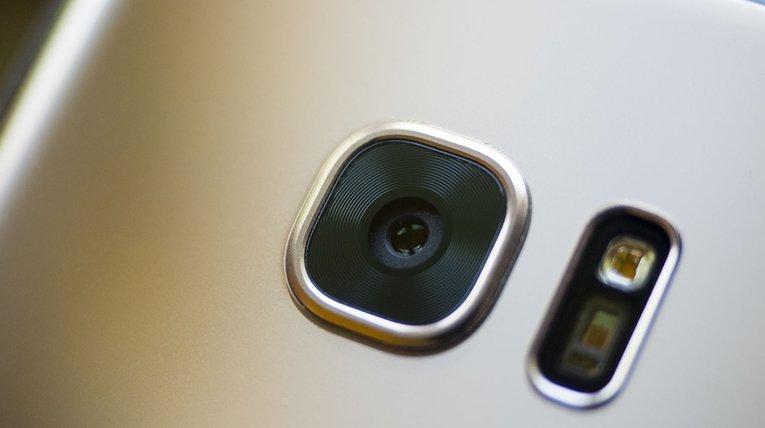 سلام دوربین 24 مگاپیکسلی سامسونگ به دنیای اسمارتفونها