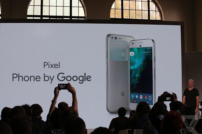 گوگل از دو گوشی پیکسل و پیکسل ایکس ال رونمایی کرد