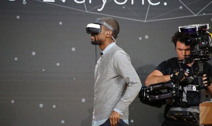 مایکروسافت از هدست واقعیت مجازی ارزان قیمت خود رونمایی کرد