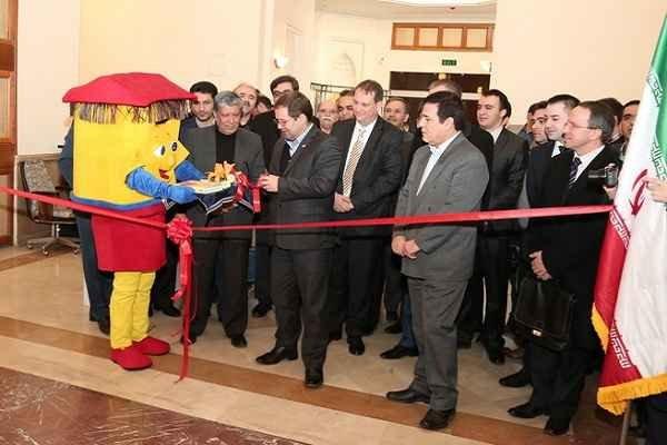 اولین نمایشگاه «تمبر سفیر دوستی» افتتاح شد
