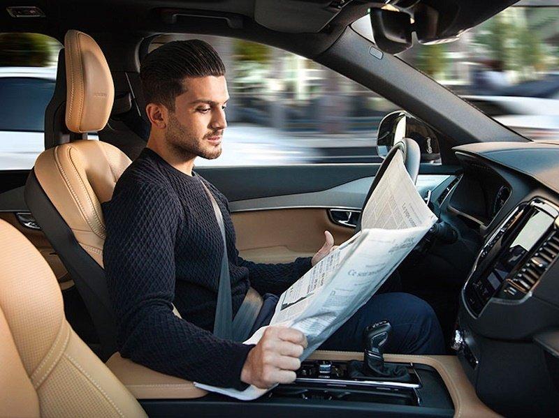 ۷ اتفاق بزرگ امسال در دنیای خودروهای بدون راننده + عکس