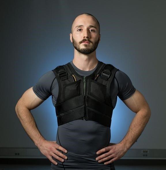 این زیرپوش هوشمند با اشاره کاربر درد کمر را از بین میبرد