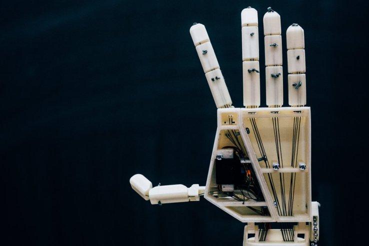این دست روباتیک چاپ سهبعدی برای زبان اشاره ساخته شده است