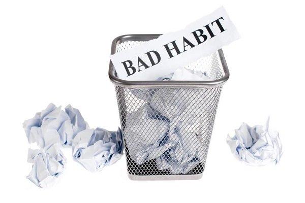 اگر میخواهید خلاقتر و سازندهتر باشید، این 8 عادت بد را کنار بگذارید