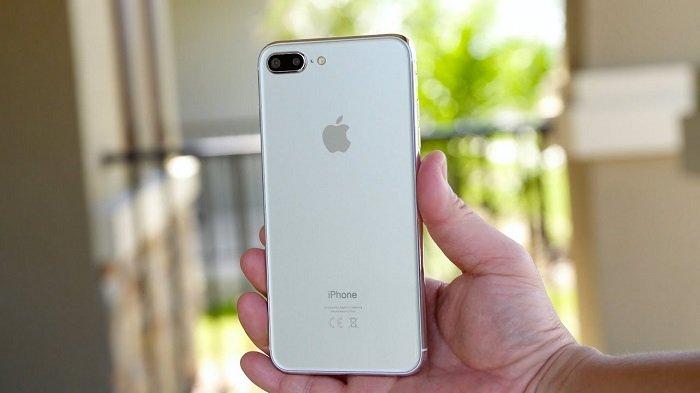 بهترین گوشیهای جایگزین برای آیفون 8 پلاس + عکس
