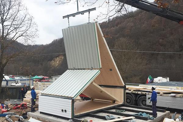 تماشا کنید: ساخت یک خانه زیبا تنها در شش ساعت!