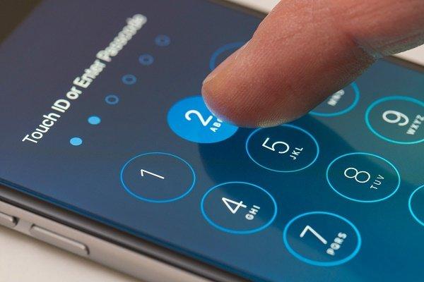 با یکی از این سه روش بهراحتی قفل گوشی آیفون را باز کنید